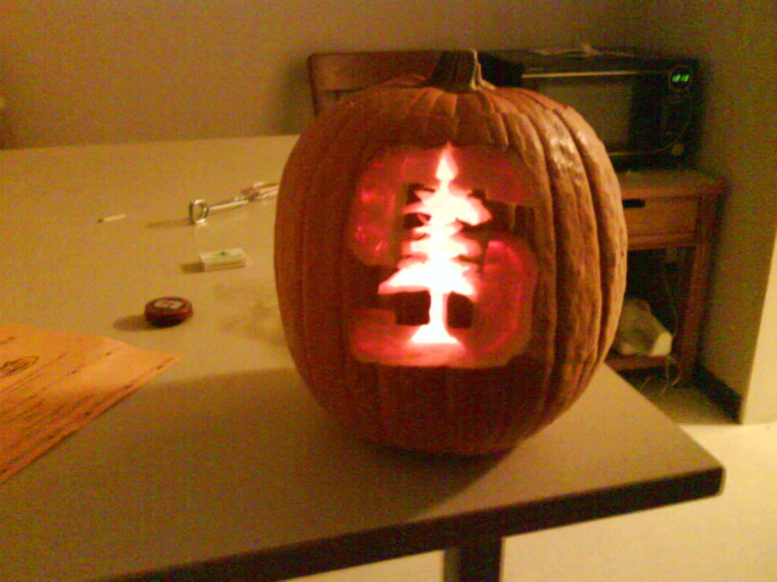 Jonathan wong pumpkin carving